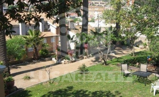 Villa with land area 1450 m2 in the heart of Teia | 1