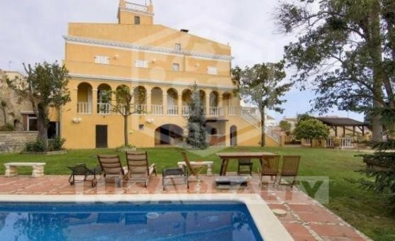 Villa with land area 1450 m2 in the heart of Teia | 3