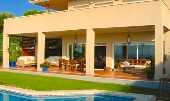 - Casa fantastica en Urbanización Santa Barbara de Sitges