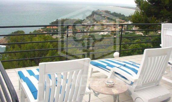 Villa 375 m2 with magnificent sea views in Sant Francesc