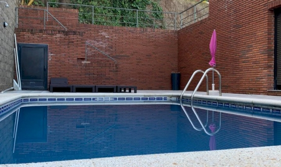 2006  Private house rent in Montmar area of Castelldefels   1