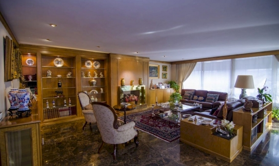 Apartment of 319 m2 to reform in Bonanova prestigious area of Barcelona | 2