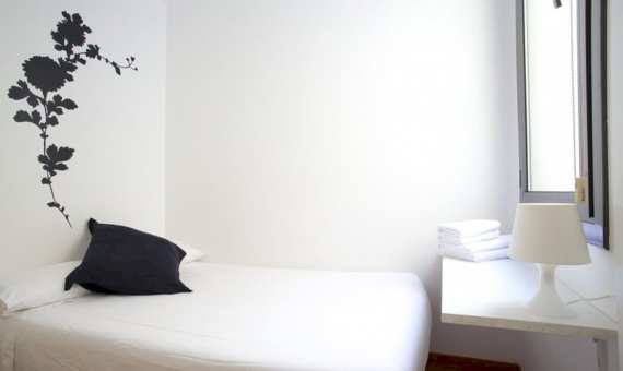 Two bedrooms flat with touristic license on sale in the Barcelona Center | 2