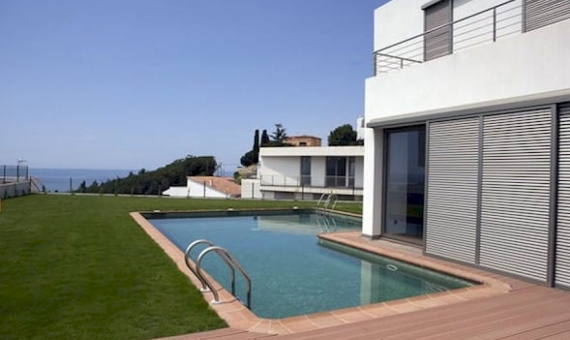 New development of modern houses in Arenys de Mar | 3