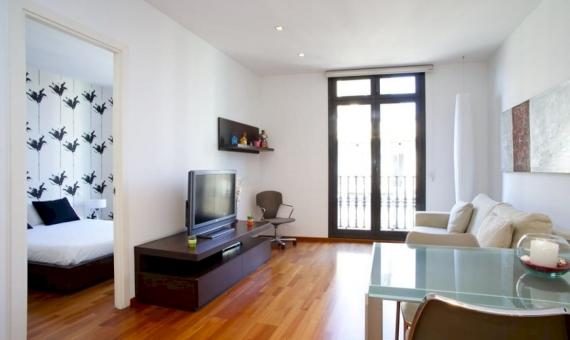 Piso reformado de 2 dormitorios y con licencia turística en el centro de Barcelona | 5-fc00829fotos-14-570x340-jpg