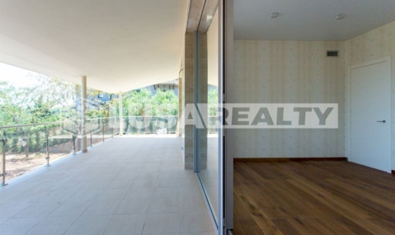 Luxury villa with sea views on sale in Cabrera de Mar | 1