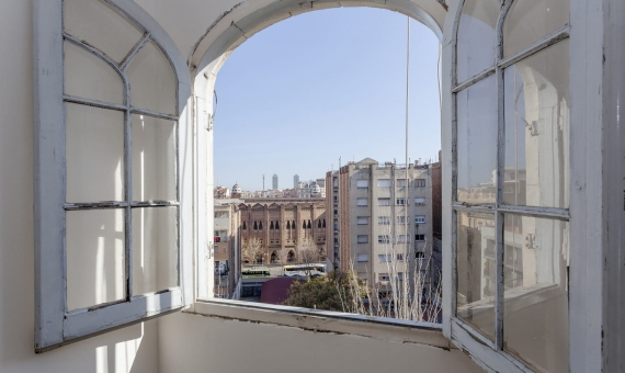 New flat in the completely renovated building with Sagrada Familia views | 3