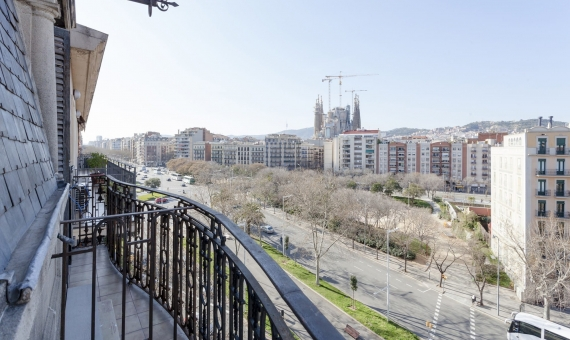 New flat in the completely renovated building with Sagrada Familia views | 4