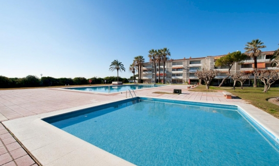Apartment with sea views in Gava Mar | 288b215e-22f8-4707-a758-0b192551b08d-570x340-jpg