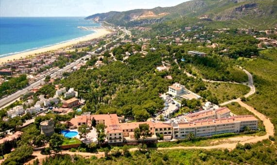 - Apartment building with tourist license for sale in Castelldefels