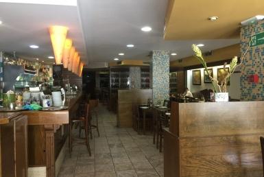 Продажа или передача прав собственности на ресторан 550 м2 в Эшампле