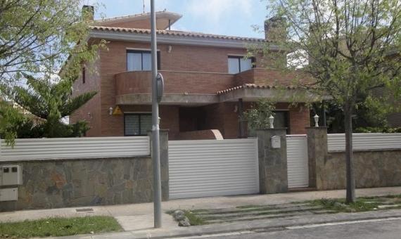 Дом новой постройки с видами на море в Сегур-де-Калафель | 2