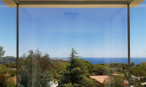 Modern house with views of the Costa Brava | 2
