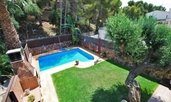 Casa acogedora con una piscina privada in Calafell | 1-fileminimizer-570x340-jpg
