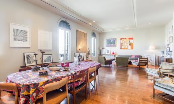 Lujoso apartamento frente a Casa Mila en Passeig de Gracia | 1