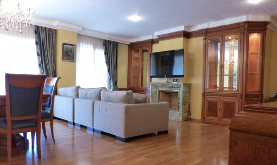 Spacious 5 bedroom apartment in the area of Pedralbes | 3