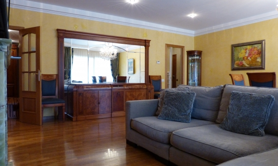 Spacious 5 bedroom apartment in the area of Pedralbes | 2