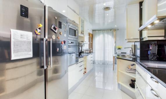 Apartamento de cinco habitaciones con una gran área en el centro de Barcelona | 3