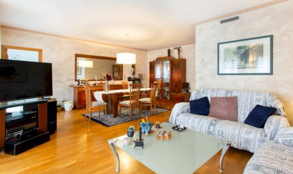 Five bedroom apartment with a large area in the center of Barcelona | 1