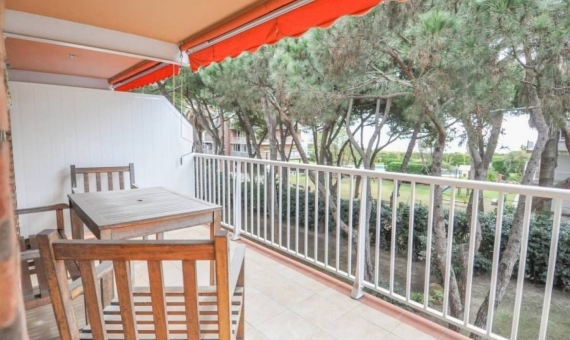 Apartment 144 m2 with sea view 50 m from the beach   | propiedad-engav-piso-en-gav-mar-de-4-habitaciones-y-vistas-al-mar-1-570x340-jpg