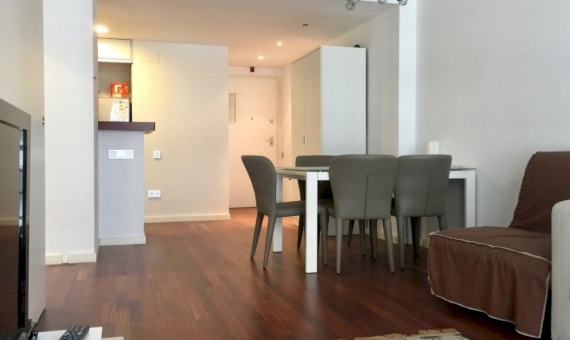 Flat in a new build house in Ciutat Vella | 2