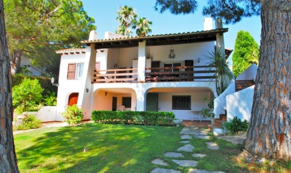Villa 200 m2 with a garden and a pool in Roda de Bara | 2
