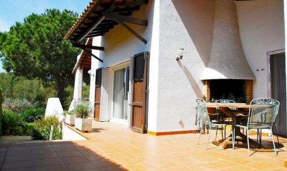 Villa 200 m2 with a garden and a pool in Roda de Bara | 3