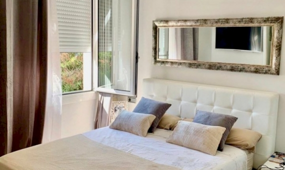 Townhouse 260 m2 with sea views in Castelldefels | 4