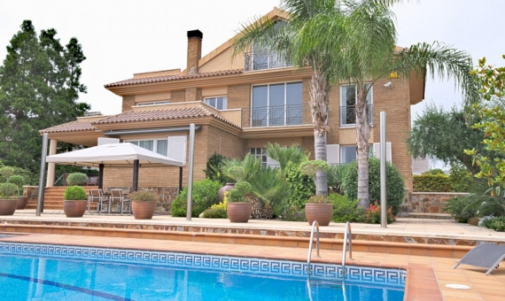 Villa 350 m2 with sea views in Calafell | 2