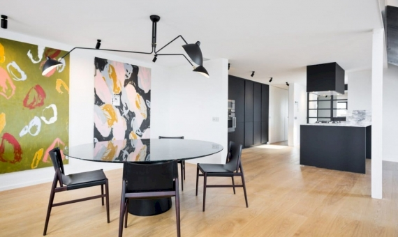 Newly renovated penthouse flat 221 m2 with a terrace in Eixample | 4