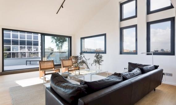 Отреставрированная квартира-пентхаус 221 м2 с террасой в Эшампле | 4