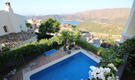 Villa in Marbella 265 m2, garden, pool   | 2