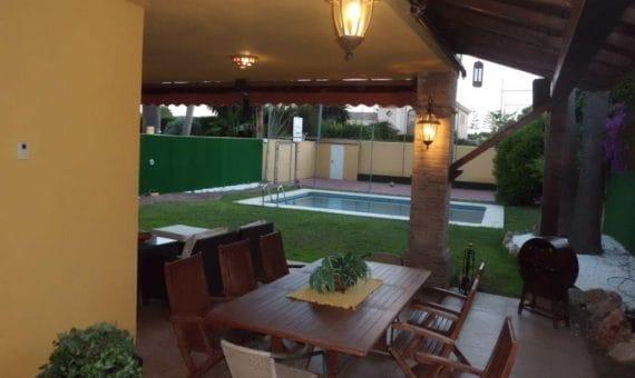 Villa en Marbella 670 m2, jardin, piscina, aparcamento   | 263-00515p_9596-570x340-jpg