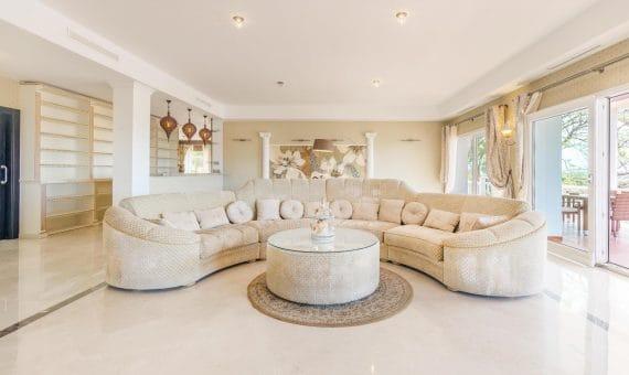Villa in Marbella 764 m2, garden, pool, parking   | 1