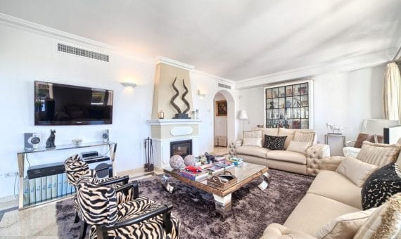 Villa in Marbella 207 m2, garden, pool   | 3