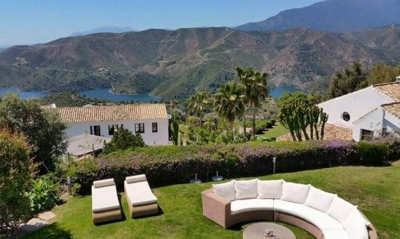 Villa in Marbella 207 m2, garden, pool   | 2