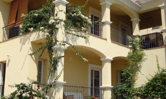 Villa in Marbella 265 m2, garden, pool   | 1