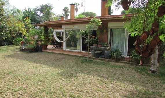 House with a flat plot of 850 m2 in Blanes | 1
