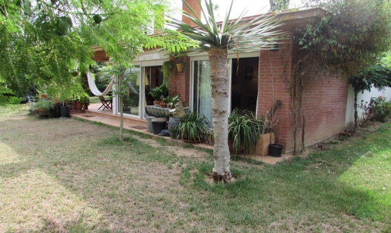 House with a flat plot of 850 m2 in Blanes | 2