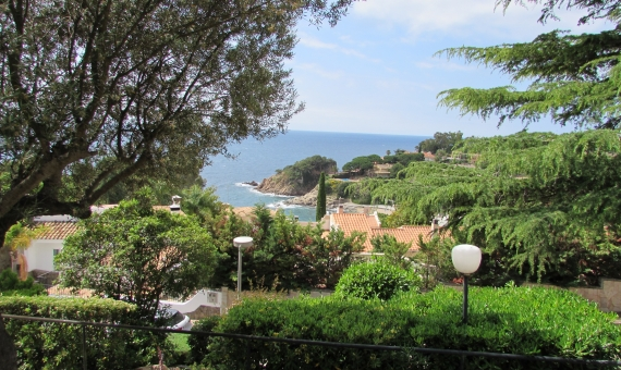 House with 2 plots of 810 m2 each one in Blanes | 3