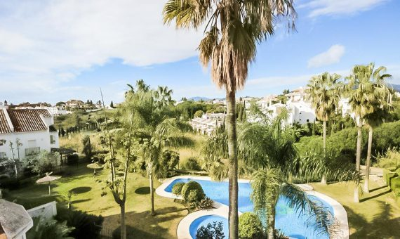 Townhouse in Marbella 150 m2, garden, pool, parking   | 3