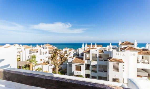 Apartamento en Alcaidesa, Marbella, 126 m2   | 098d8540-df8d-4a0d-b27e-92e4c0332656-570x340-jpg