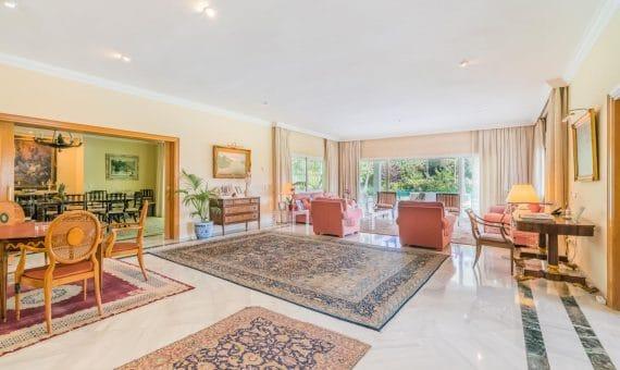 Villa in San Pedro de Alcantara, Marbella, 1138 m2, garden, pool, parking   | 4