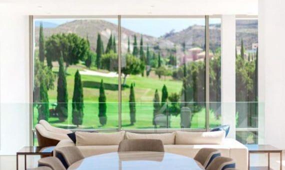 Villa in Marbella 720 m2, garden, pool, parking     4