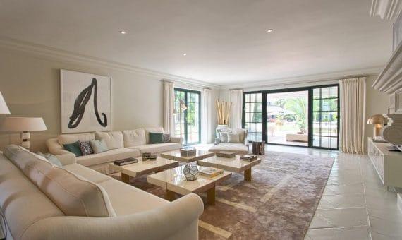 Villa in San Pedro de Alcantara, Marbella, 1305 m2, garden, pool, parking   | 3