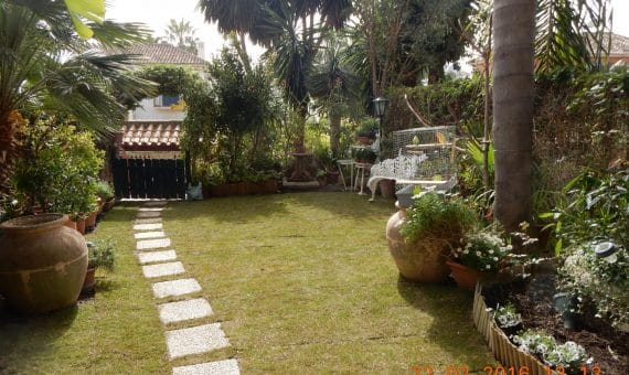 Townhouse in Marbella 290 m2, garden, pool, parking   | 1