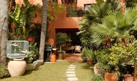 Townhouse in Marbella 290 m2, garden, pool, parking   | 263-00631p_12776-570x340-jpg