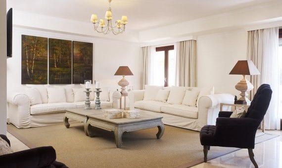 Апартаменты в районе Золотая Миля, Марбелья, 404 м2, сад, бассейн, парковка   | 2