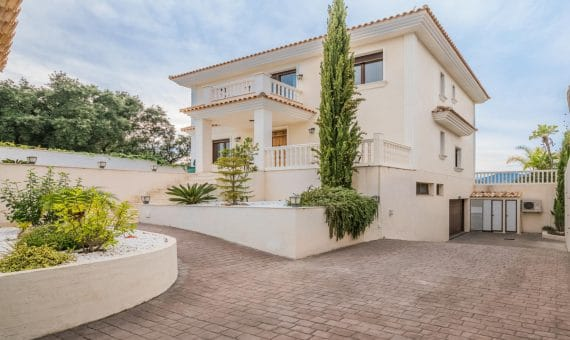 Villa in Marbella East, 435 m2, garden, pool, parking   | 2abda4e7-e6b0-4883-a0e4-ba6d39451834-570x340-jpg