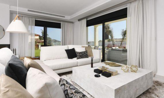 Townhouse in San Pedro de Alcantara, Marbella, 400 m2, garden, pool   | 1